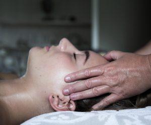 Gezicht massage